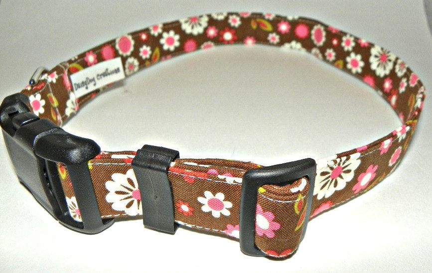 """Adjustable Dog Collar - Brown With White & Pink Flowers Size MEDIUM 12-19"""""""