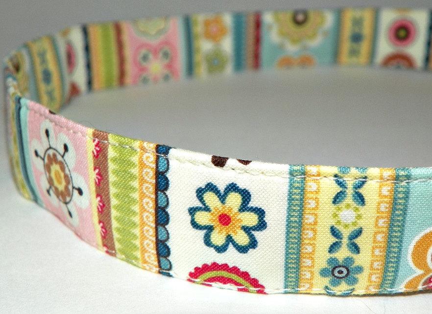 "Adjustable Dog Collar - Pastel Stripes and Flowers Size MEDIUM 12-19"""