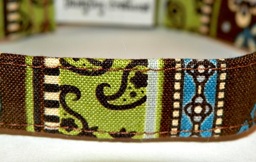 "Dog Collar - Green, Blue and Brown Swirls and Stripes (XS 7-11"")"