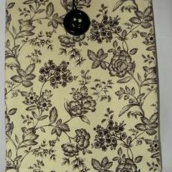 iPad 1, iPad 2 Cover/Sleeve - Cream and Black Floral/flowers